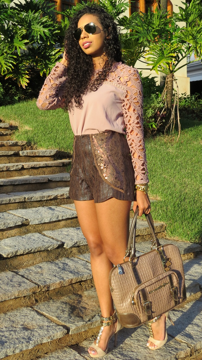 Look do dia Blusa rose com renda